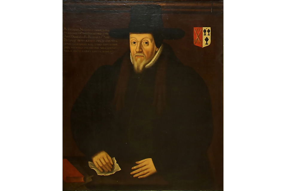 Bottled beer, Rupert Murdoch and a very public scandal – the secret history of an Elizabethan portrait. Image courtesy of Ewbank's Auctions.