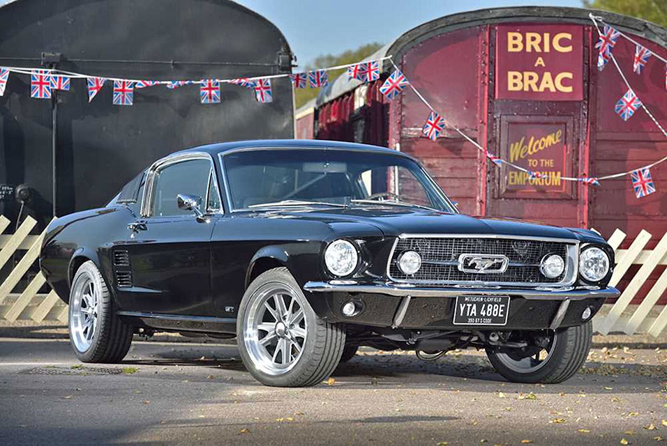 1967 Ford Mustang 390 GT Fastback. Estimate: £60,000 - £70,000.