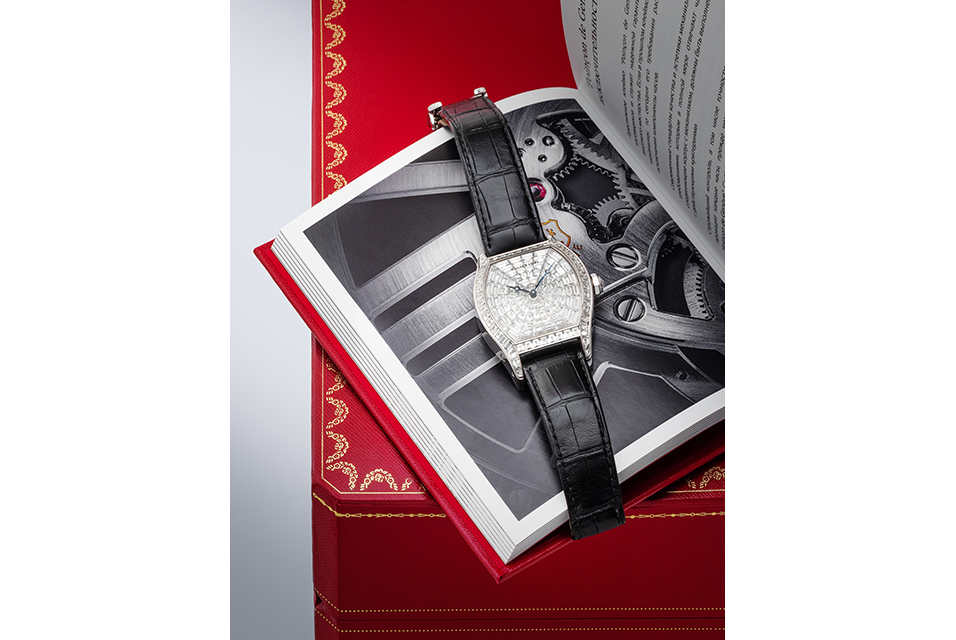 A Cartier 'Tortue XL' wristwatch in 18 karat white gold with diamond inlays was one of many exciting results of the day selling for $60,000, three times its high estimate.