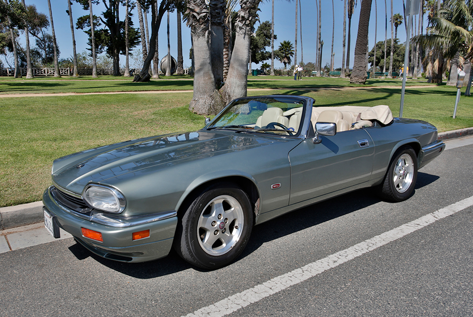 1995 Jaguar XJS 2+2 Convertible. Estimaate: 8,000-10,000.