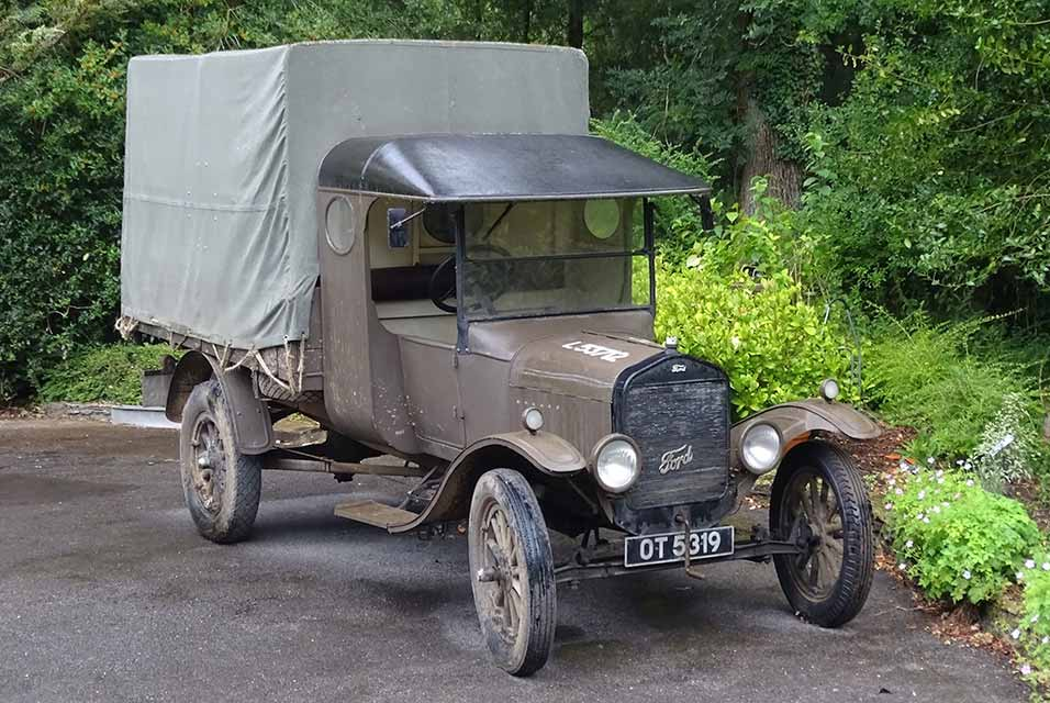 The charming old Model T is estimated to sell for £17,000 to £19,000.